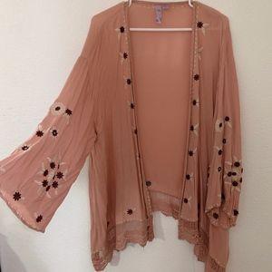 Embroidered Kimono | Francesca's